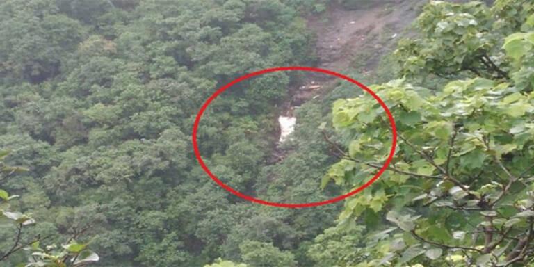 Bus stürzte in Schlucht: Mindestens 25 Tote