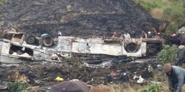 Horror-Busunfall fordert mindestens 34 Tote