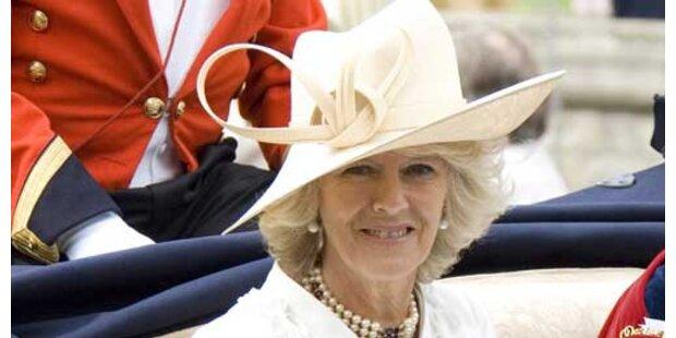 Camilla taufte Luxus-Schiff