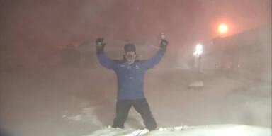 Wettermann im Schneesturm