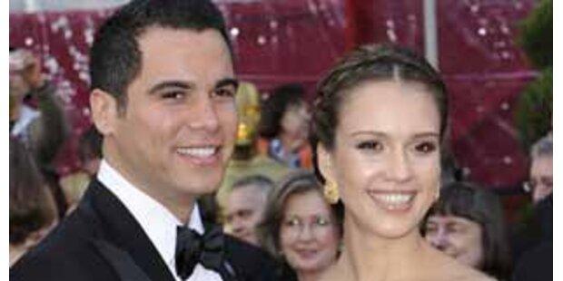 Hochschwangere Jessica Alba hat geheiratet