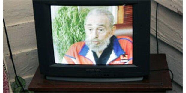 Fidel Castro zeigt sich im Fernsehen