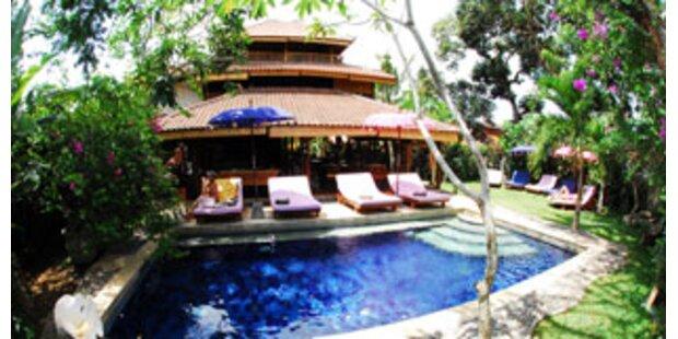 Bali: Surfen und Luxus-Wellness