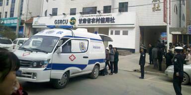 Über 40 Verletze bei Anschlag in Bank
