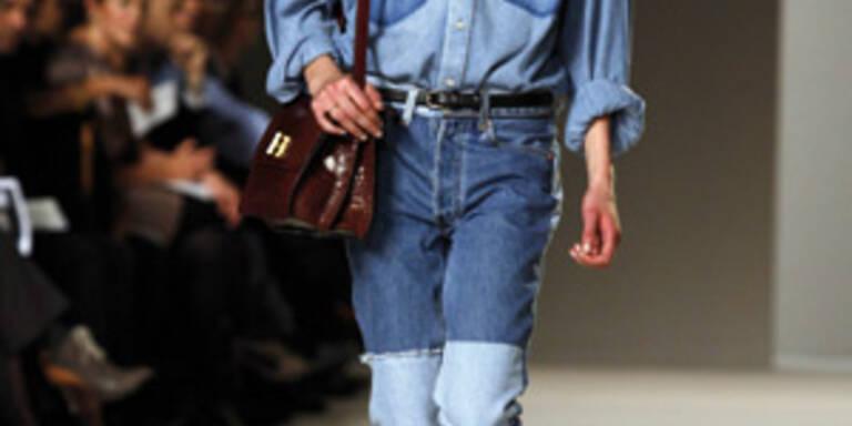 Das Jeanshemd feiert ein Comeback