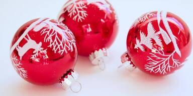 Adventkalender - Overall - Sujet - Christbaumkugeln