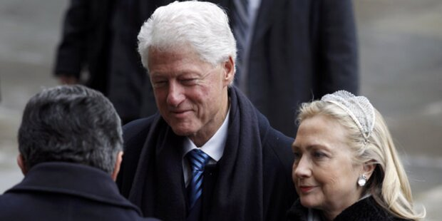 Bill Clinton nimmt Ehefrau in Schutz