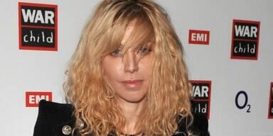 Courtney Love braucht offenbar Geld