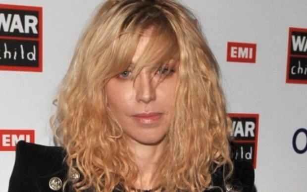 Courtney Love kehrt ins Studio zurück