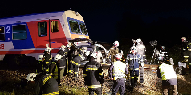 Crash Zug Auto St. Pölten