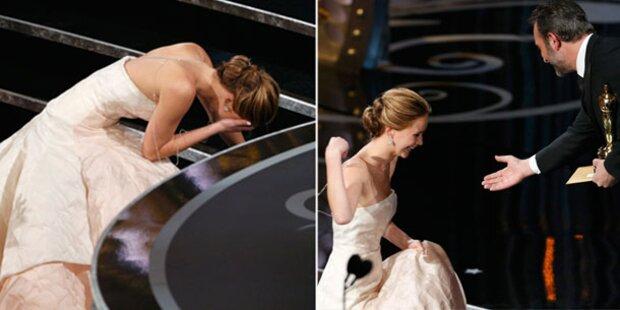 Jennifer Lawrence stürzt bei den Oscars