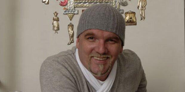 Ötzi bekennt Farbe: Zweitjob als Maler!