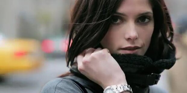 Twilight-Star Ashley Greene für DKNY Herbst/Winter 2012