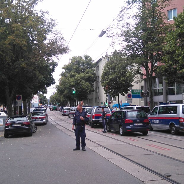 Angeschossener Polizist Erliegt Verletzungen
