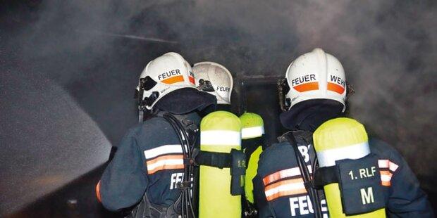 Hoher Brandschaden in Mehrfamilienhaus
