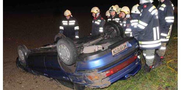 Überschlag mit Auto, nur leicht verletzt