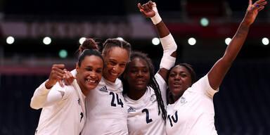 Das französische Damen-Handballteam jubelt über Olympia-Gold