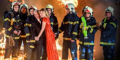"""Dancing Stars 2014"": Der Ballroom brennt"