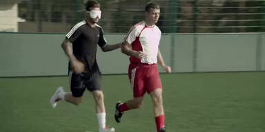 Beckham trifft auch blind ins Tor