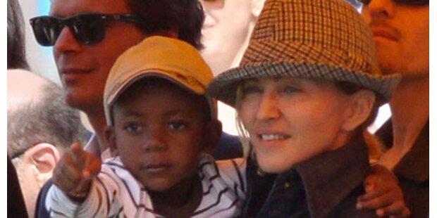 Holt Madonna sich Kind aus Lesotho?