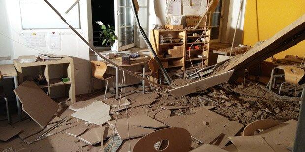 Decke in Volksschulklasse stürzte ein