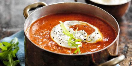 Deftige Suppen und Eintöpfe