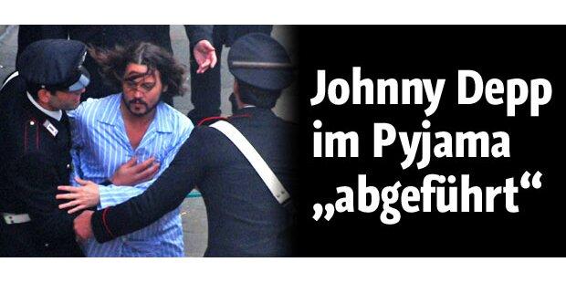 Johnny Depp im Pyjama