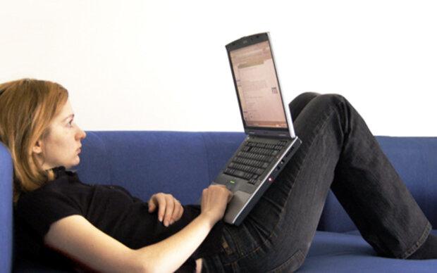 Der Laptop ist kein Schoßhündchen