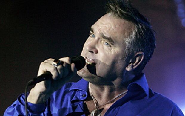 Sänger Morrissey auf Bühne zusammengebrochen