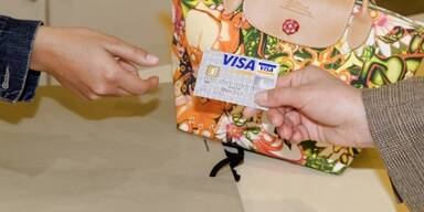 Devisenkursverrechnung oft undurchschaubar Zweistellige Zuwchse bei VISA-Umstzen besttigen den Trend zum bargeldlosen Bezahlen