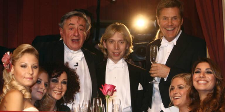 Die Lugner-Loge am Opernball mit Stargast Dieter Bohlen.