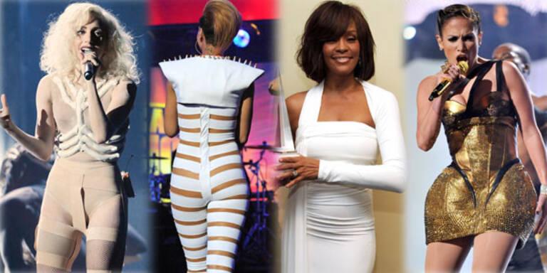 Schräge Outfits bei den American Music Awards