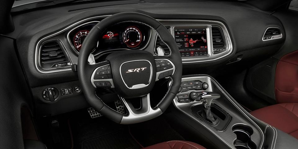 Dodge-Challenger-SRT-Hellc.jpg