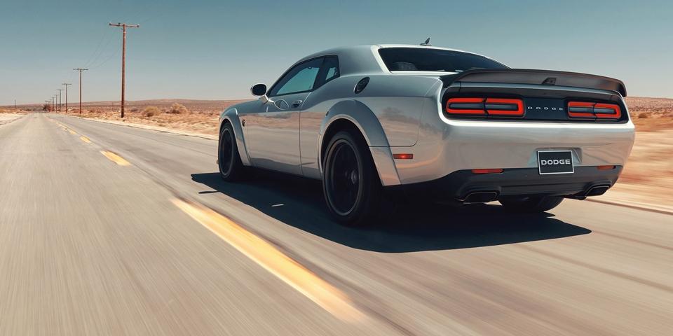 Dodge-Challenger-SRT-Hellc1.jpg