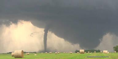 Sichtung von 2 Tornados