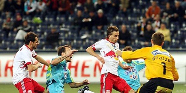 Salzburg nach 3:0 über Sturm weiter auf Titelkurs