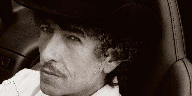 Bob Dylan steigt auf Platz 1 der Charts ein