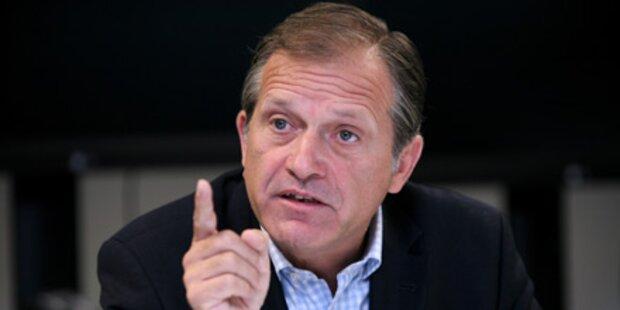 Ernst Strasser tritt zurück