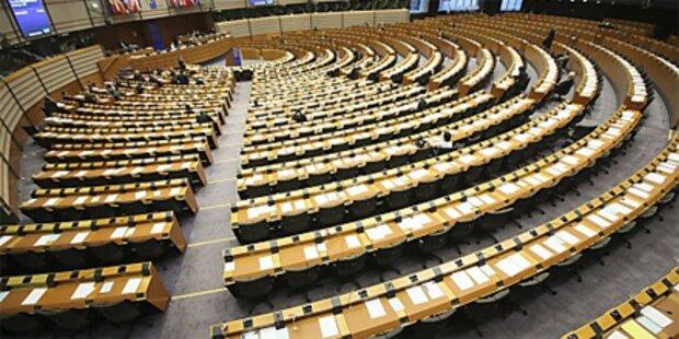 EU-Parlament schon wieder überfallen