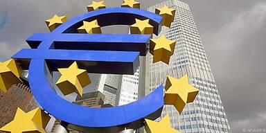 EZB rechnet mit moderatem Wachstum der Wirtschaft