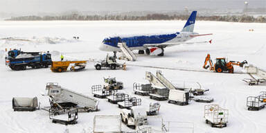 Schneechaos auf Europas Flughäfen