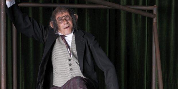 Felix Mitterer glänzt als Kafkas Affe