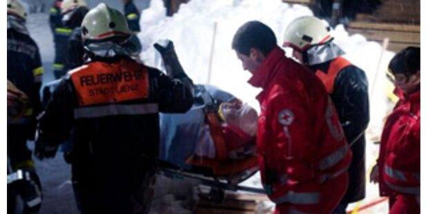 Todesopfer bei Frontalzusammenstoß in Hollabrunn