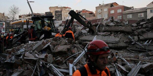 Toter nach Einsturz von sechsstöckigem Gebäude