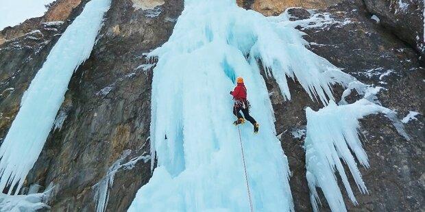 Eiskletterer stürzt 100 Meter ab