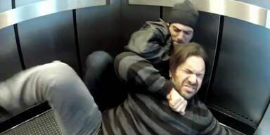 Fahrstuhl-Streich: Gestellte Mordszene