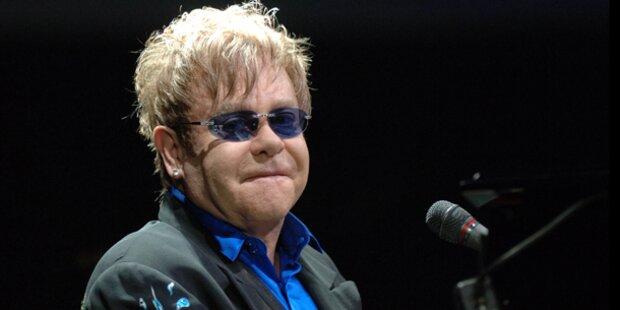 Aufschrei gegen Elton John Konzert