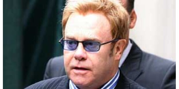 Kinderpornografie! Ermittlungen gegen Elton John
