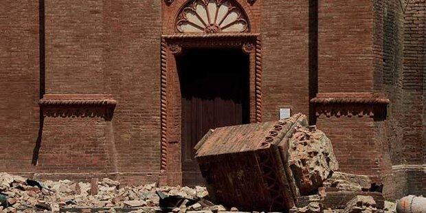 Priester unter Trümmern seiner Kirche gestorben