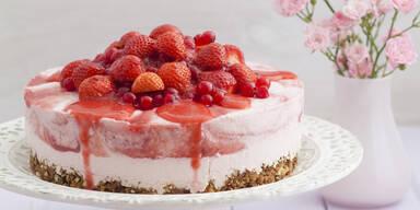 Erdbeer-Topfentorte